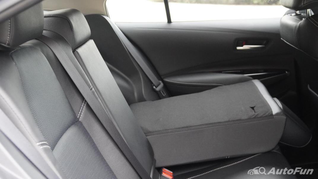 2021 Toyota Corolla Altis 1.8 Sport Interior 037