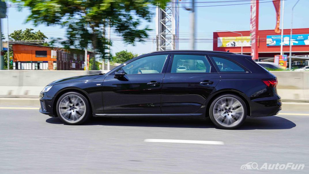2020 Audi A4 Avant 2.0 45 TFSI Quattro S Line Black Edition Exterior 056