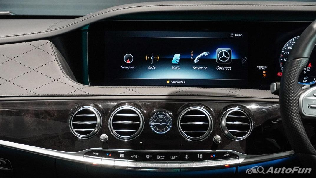 Mercedes-Benz S-Class S 560 e AMG Premium Interior 019
