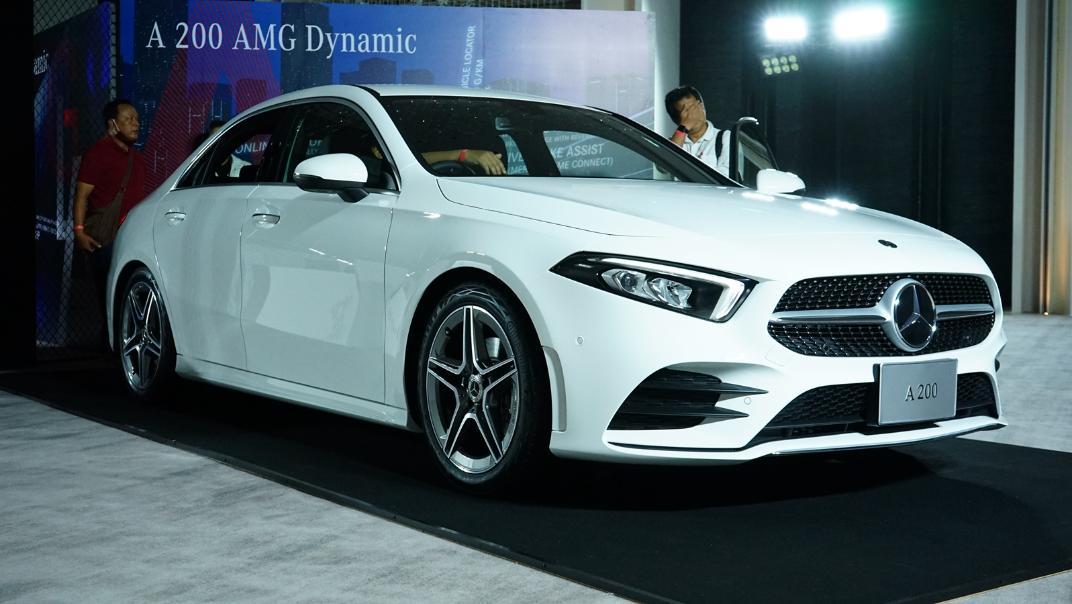 2021 Mercedes-Benz A-Class A 200 AMG Dynamic Exterior 003