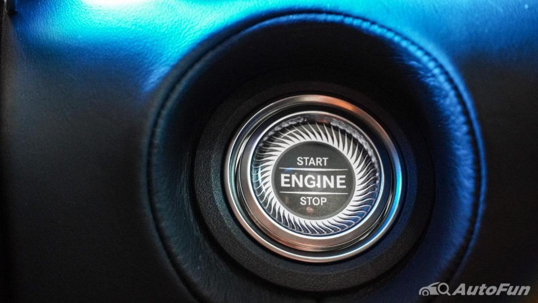 Mercedes-Benz S-Class S 560 e AMG Premium Interior 014