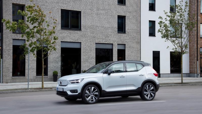 Volvo ประกาศเดินหน้าขายรถยนต์ไฟฟ้าเต็มตัว พร้อมยกเลิกเครื่องไฮบริดทั้งหมดภายในปี 2030 02
