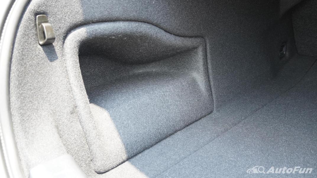 2021 Volvo S90 Recharge Interior 052