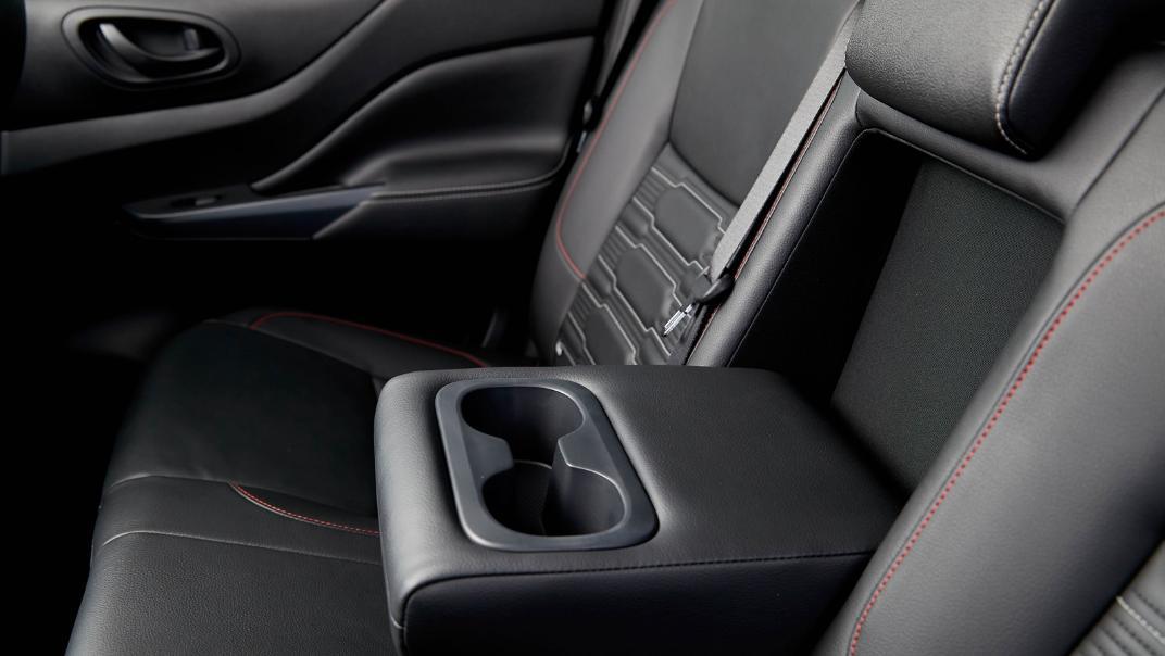2021 Nissan Navara PRO-4X Interior 088