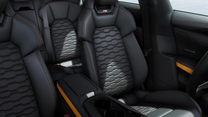 2021 Audi RS e-tron GT quattro Interior 004