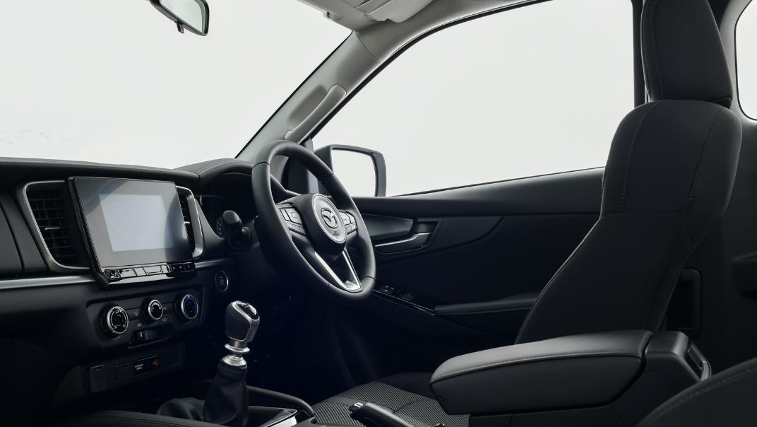 2021 Mazda BT-50 Freestyle cab Upcoming Version Interior 012