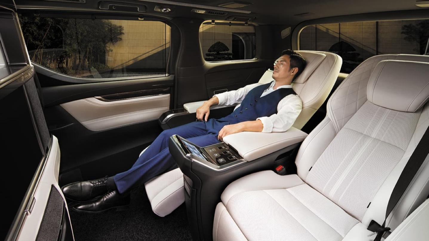 Lexus LM 2020 Interior 006