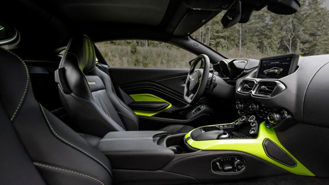 Aston Martin V8 Vantage Public 2020 Interior 001