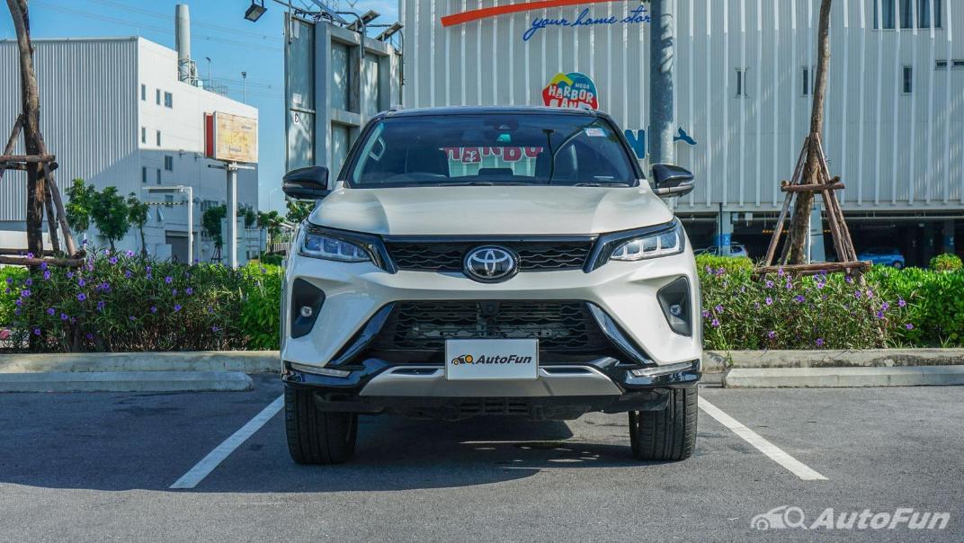 2020 Toyota Fortuner 2.8 Legender 4WD Exterior 002