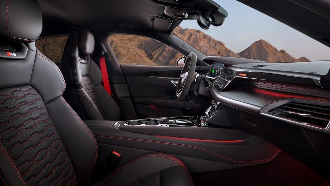 2021 Audi RS e-tron GT quattro Interior 003