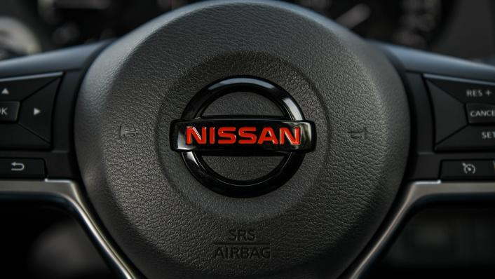 2021 Nissan Navara PRO-4X Interior 007