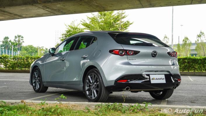2020 Mazda 3 Fastback 2.0 SP Sports Exterior 007