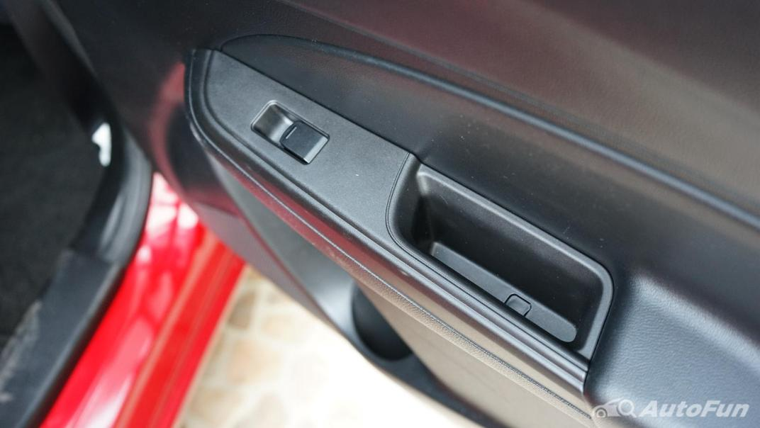 2020 Suzuki Swift 1.2 GL CVT Interior 015