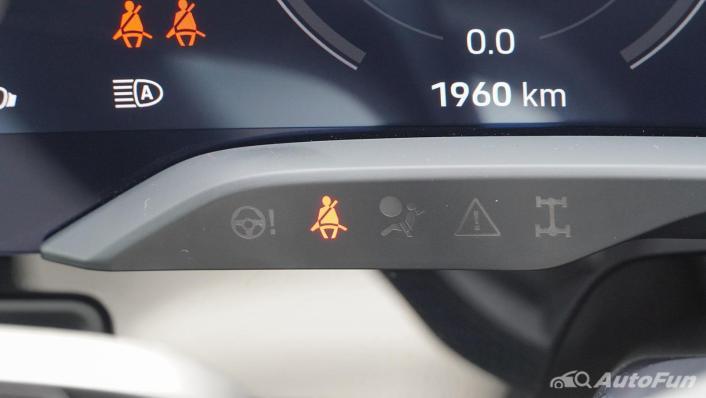 2020 Porsche Taycan Turbo Interior 008