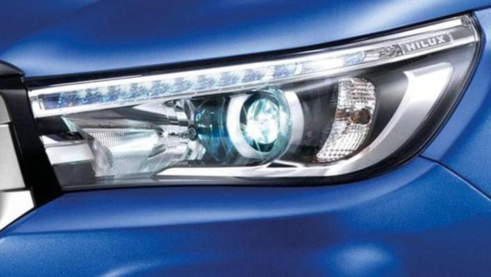 Toyota Hilux Revo Double Cab 2020 Exterior 006