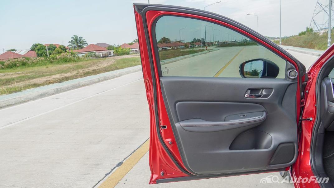 2021 Honda City e:HEV RS Interior 059