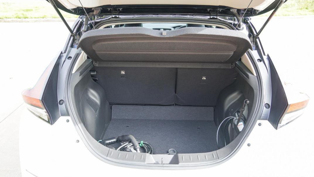 2020 Nissan Leaf Electric Interior 069