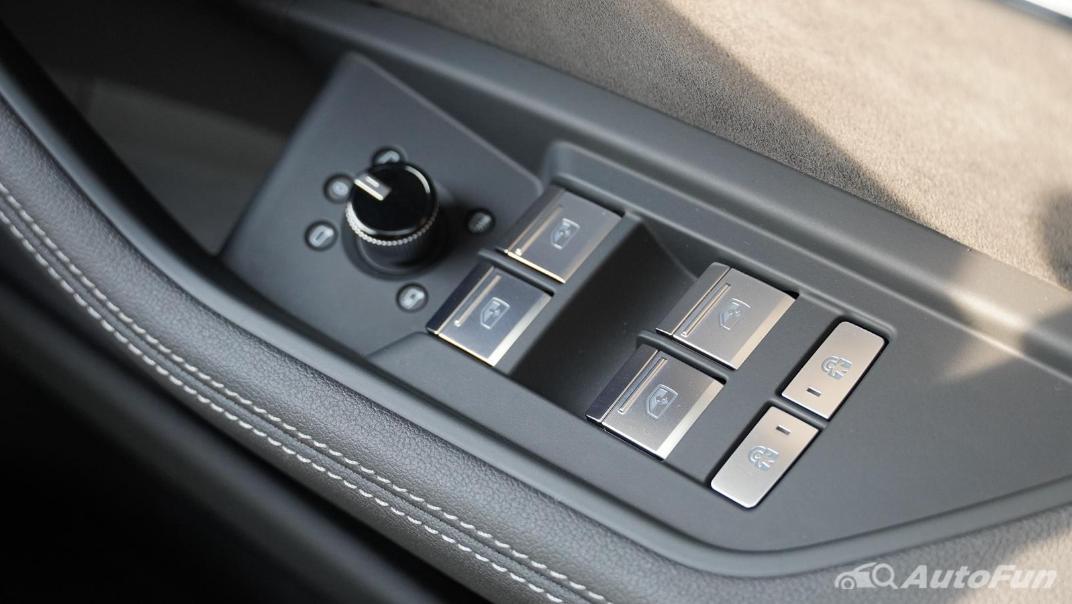 2020 Audi E Tron Sportback 55 quattro S line Interior 060
