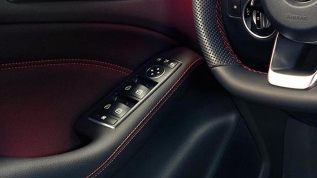 Mercedes-Benz B-Class 2020 Interior 005