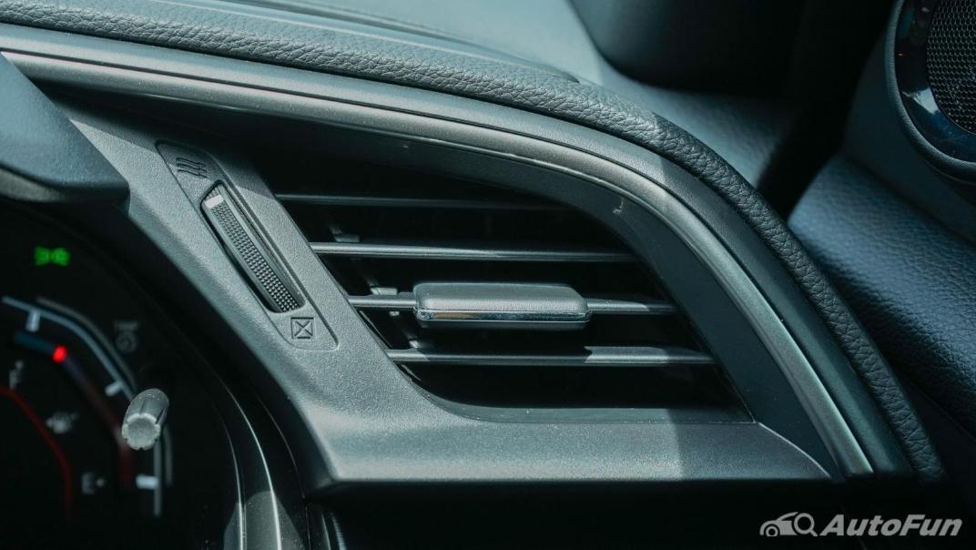 2020 Honda Civic 1.5 Turbo RS Interior 095