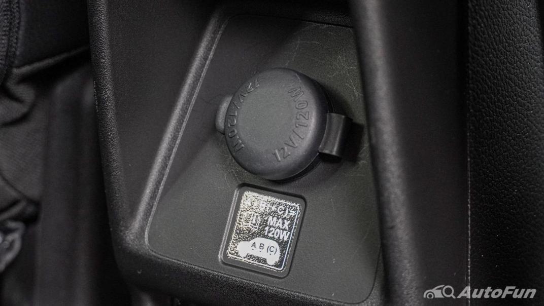 2020 1.5 Suzuki XL7 GLX Interior 045
