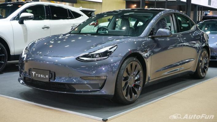 2021 Tesla Model 3 Performance Exterior 001