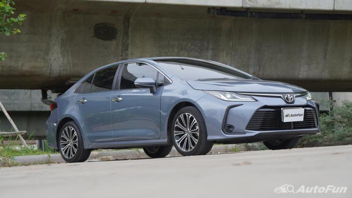 2021 Toyota Corolla Altis 1.8 Sport Exterior 010