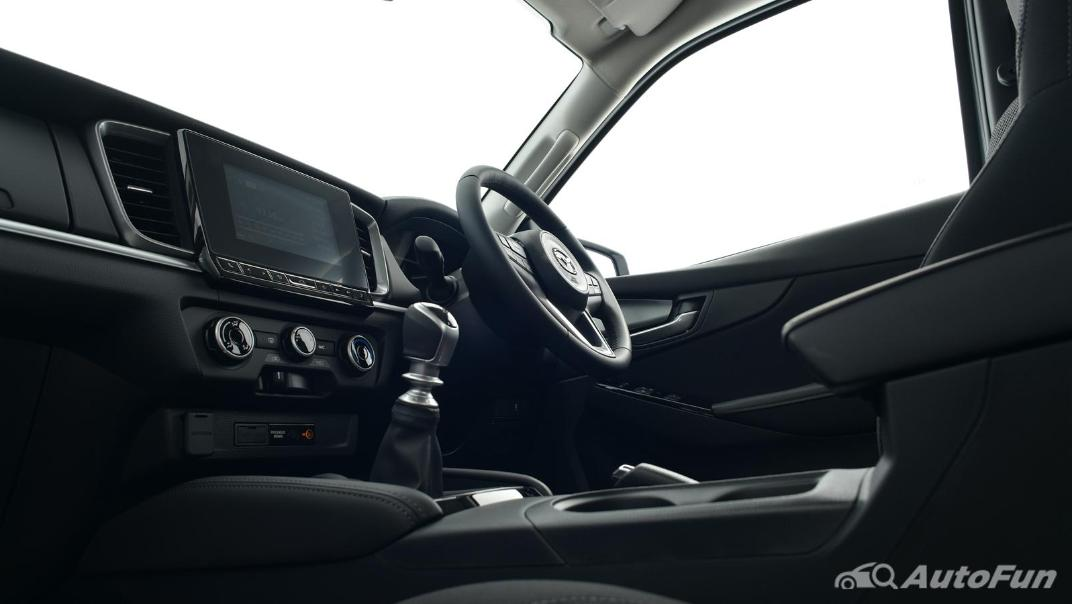 Mazda BT-50 Pro 2021 Interior 090