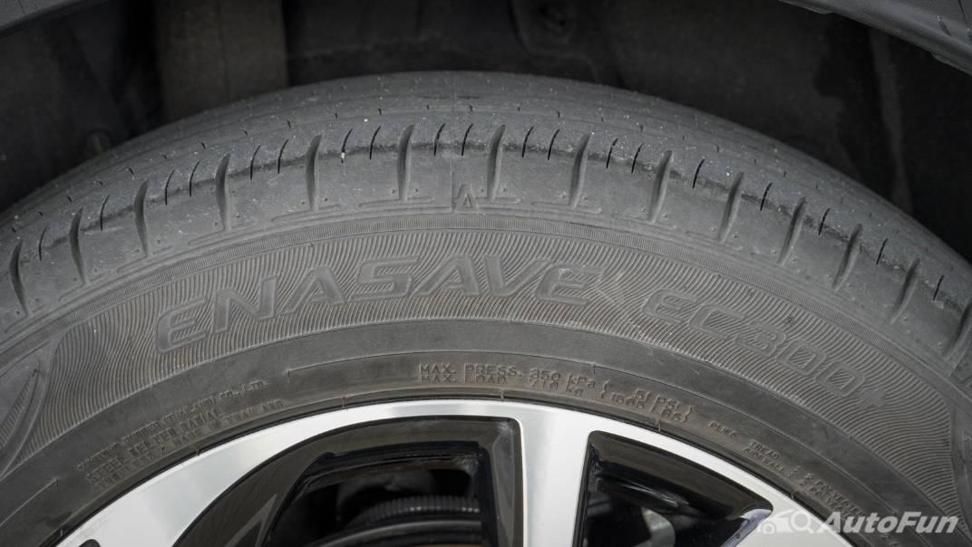 2021 Toyota C-HR Hybrid Premium Safety Exterior 010