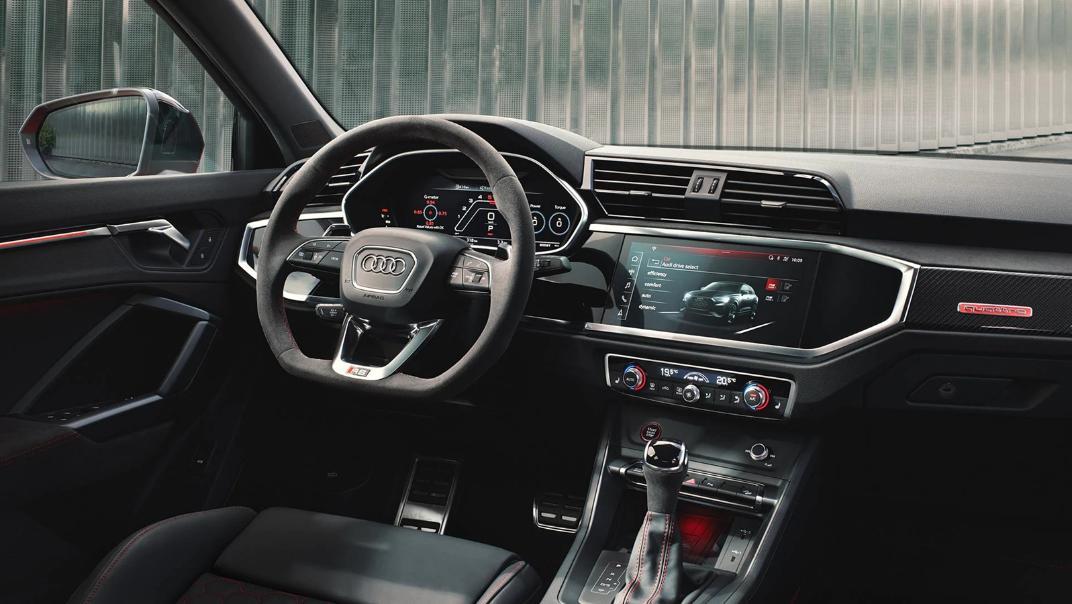 2021 Audi RS Q3 Sportback quattro Interior 002
