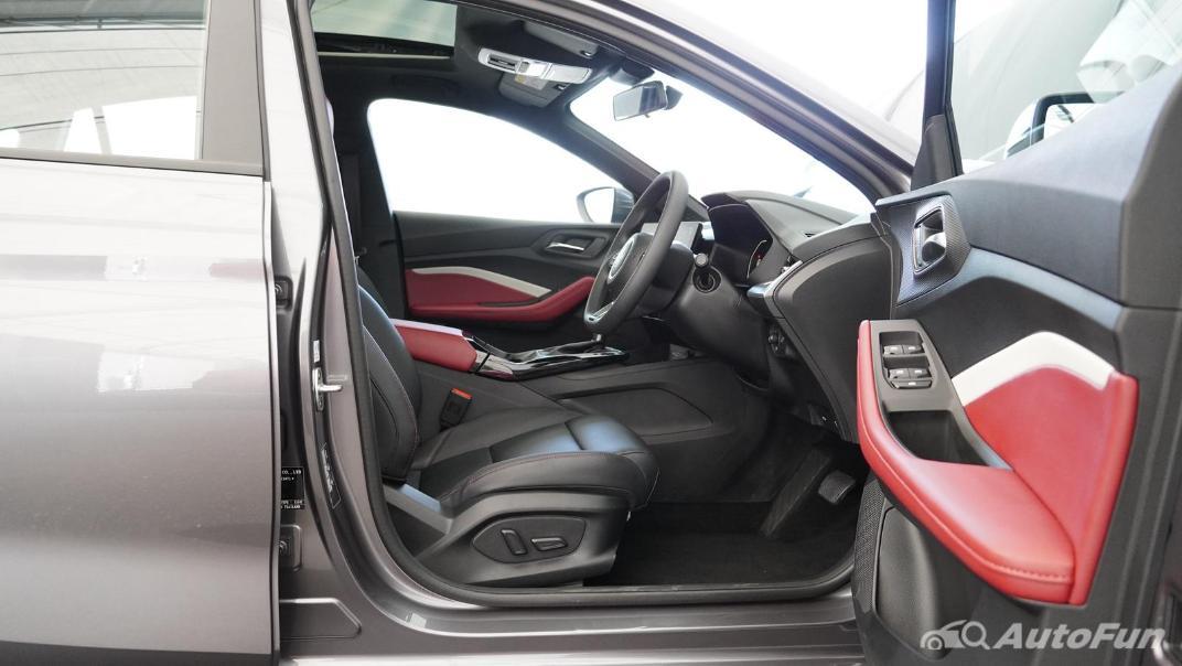 2021 MG 5 Upcoming Version Interior 013