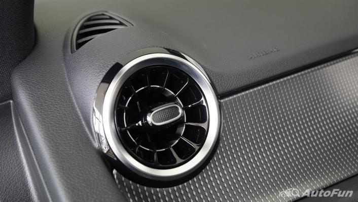 2021 Mercedes-Benz GLA-Class 200 Progressive Interior 002