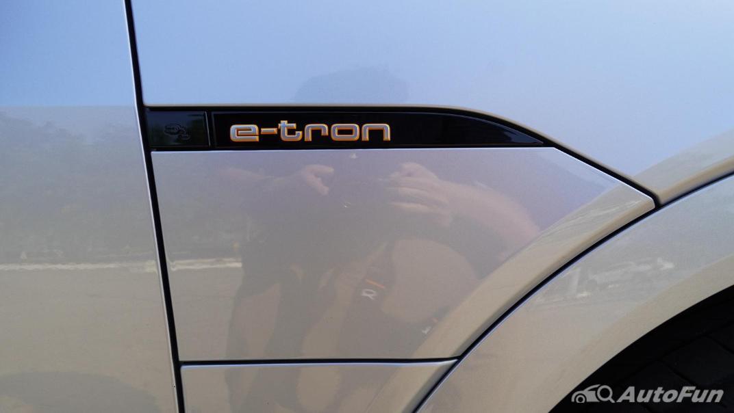 2020 Audi E Tron Sportback 55 quattro S line Exterior 048