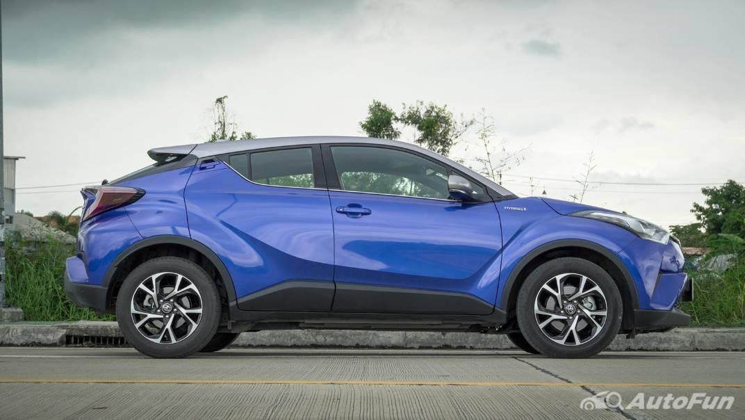 2021 Toyota C-HR Hybrid Premium Safety Exterior 002
