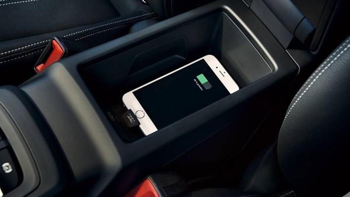 Audi Q2 2020 Interior 005