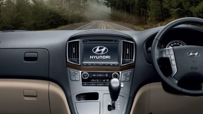 Hyundai H-1 2020 Interior 001