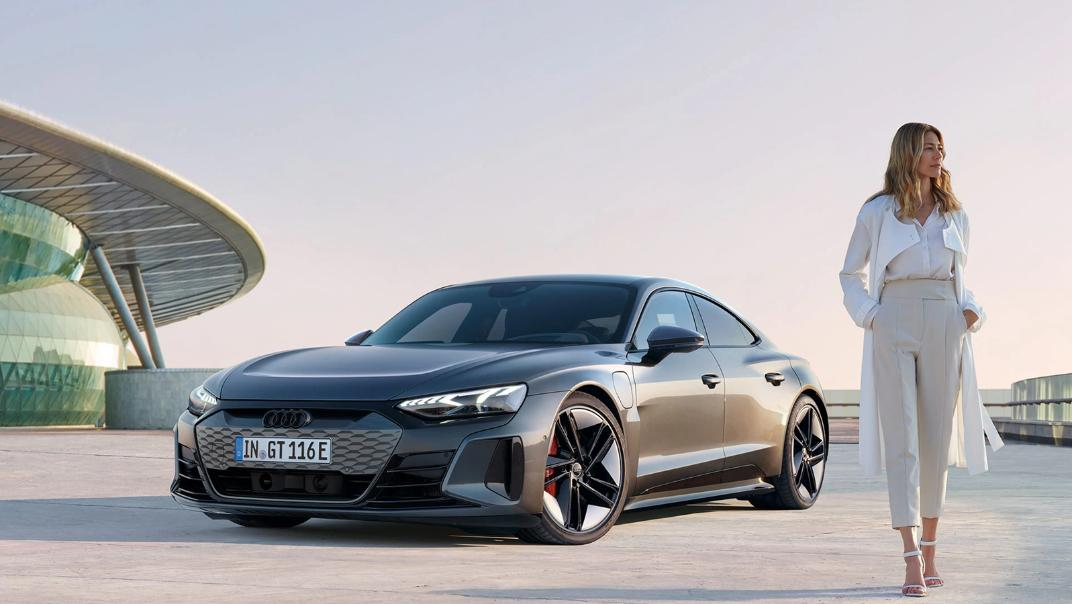 2021 Audi RS e-tron GT quattro Exterior 001