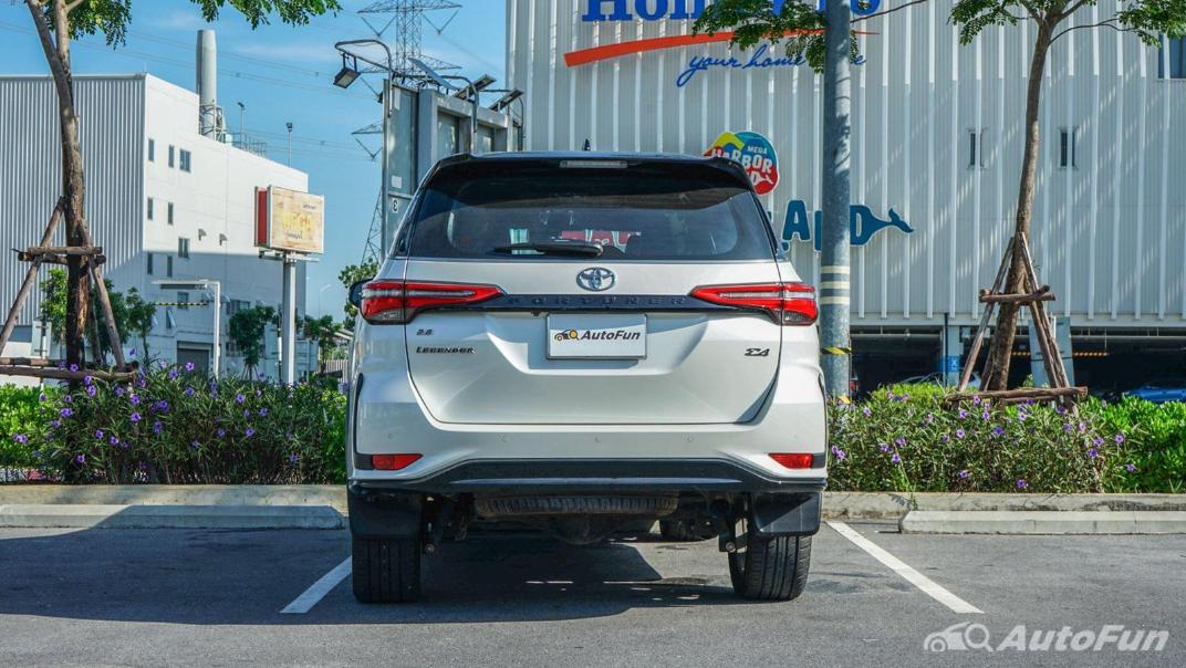 2020 Toyota Fortuner 2.8 Legender 4WD Exterior 006