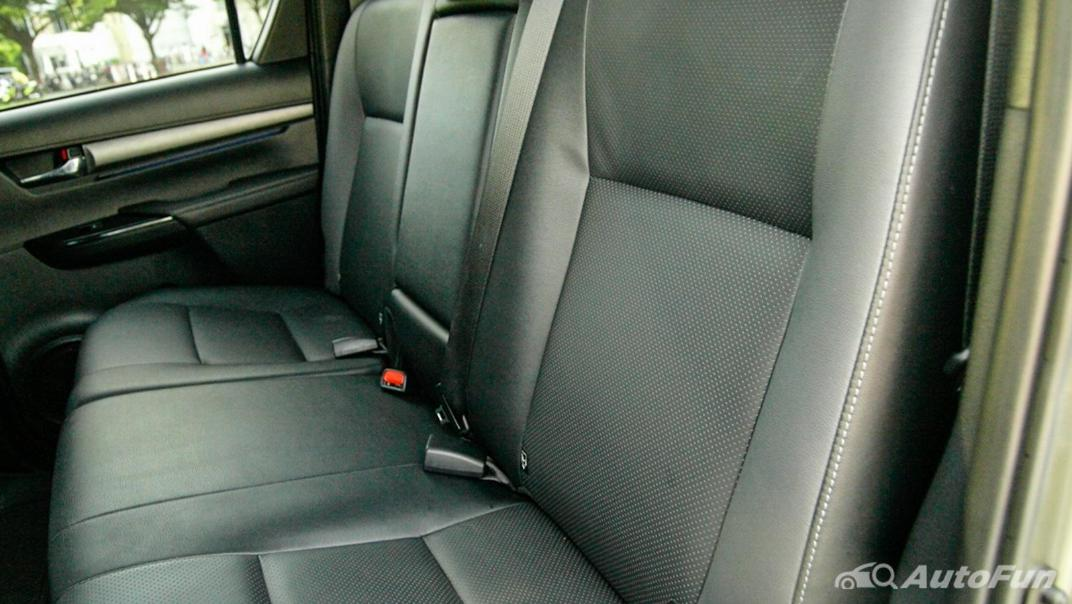 2020 Toyota Hilux Revo Double Cab 4x4 2.8High AT Interior 040
