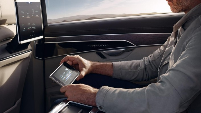 Audi A8 L 2020 Interior 003