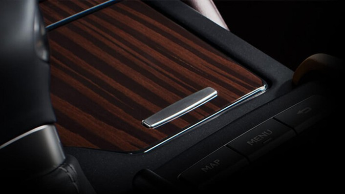 Lexus ES 2020 Interior 007
