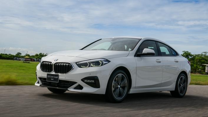 2021 BMW 2 Series Gran Coupe 220i Sport Exterior 001