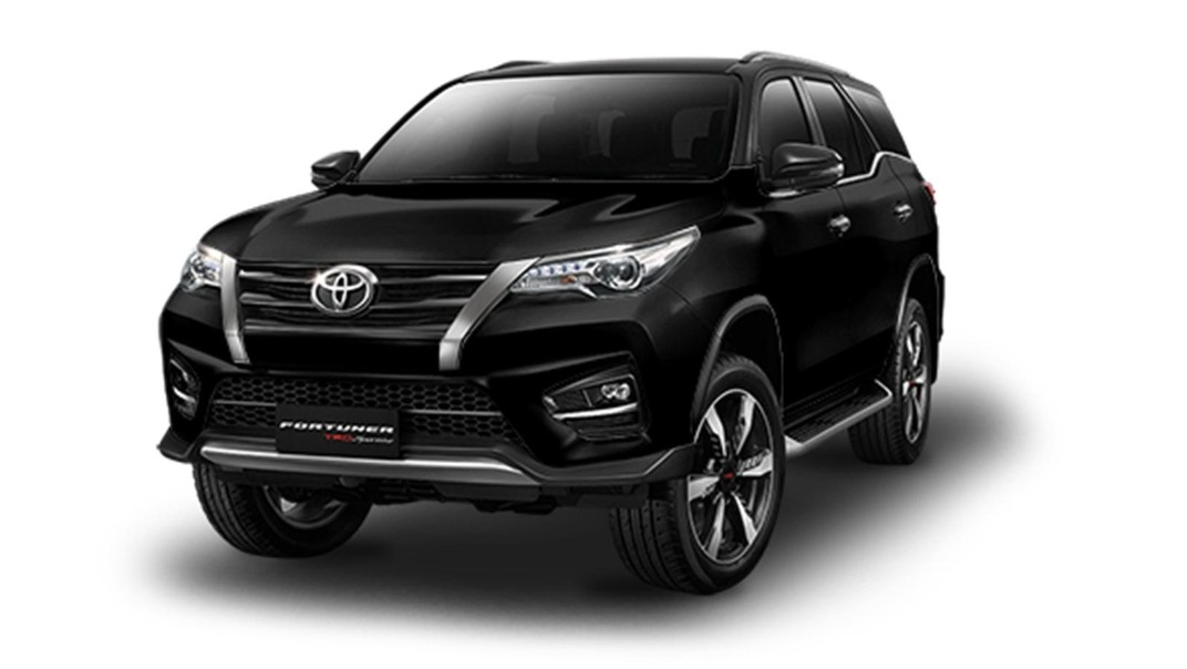Toyota Fortuner Public 2020 Others 006