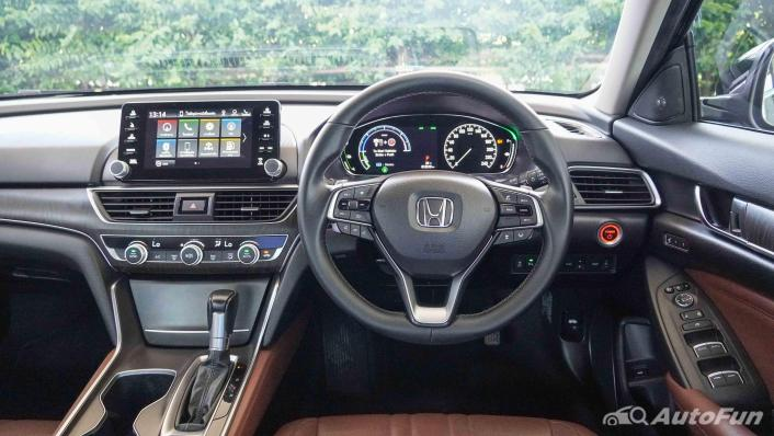 2020 Honda Accord Hybrid Tech Interior 002