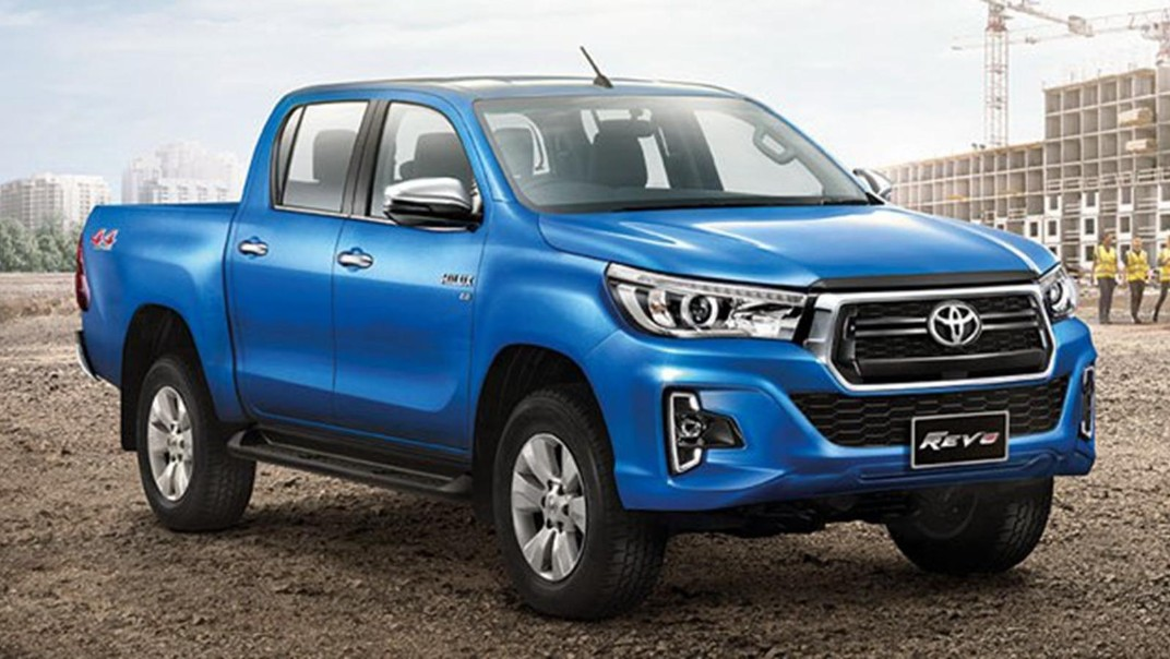Toyota Hilux Revo Double Cab Public 2020 Exterior 002