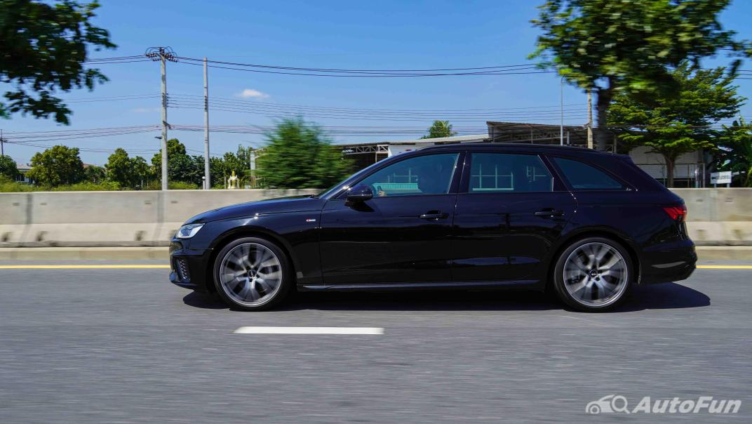 2020 Audi A4 Avant 2.0 45 TFSI Quattro S Line Black Edition Exterior 055