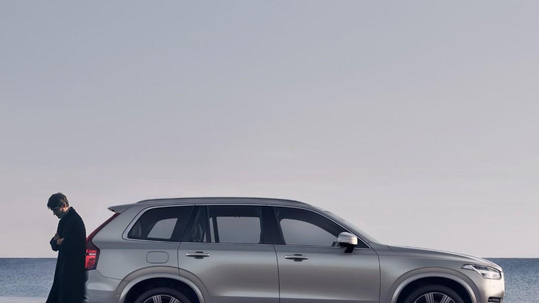 Volvo XC 90 2020 Exterior 025