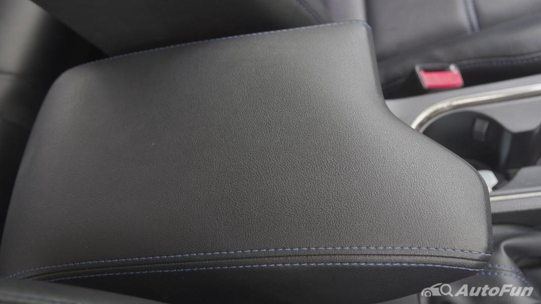 2021 Ford Everest 2.0L Turbo Titanium 4x2 10AT - SPORT Interior 031