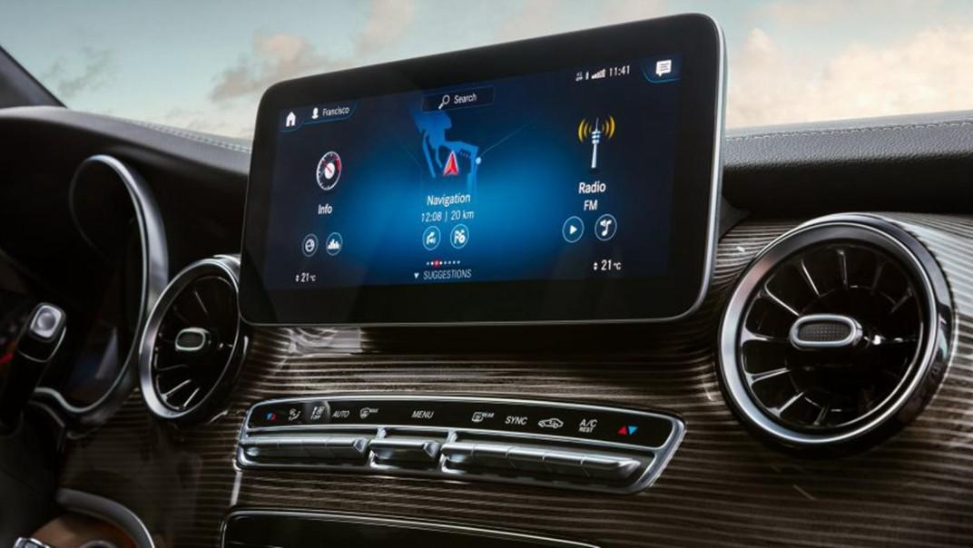 Mercedes-Benz V-Class 2020 Interior 003