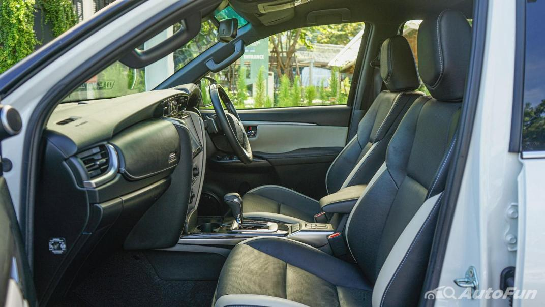 2020 Toyota Fortuner 2.8 Legender 4WD Interior 039